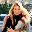 Kate Moss: Preživlja pravo dramo