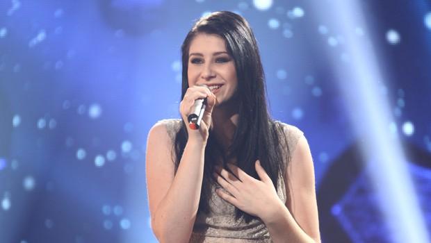 Eva Boto je zmagovalka oddaje Misija Ema 2012, Slovenijo pa bo zastopala v Bakuju na izboru Evrovizija. (foto: Žiga Culiberg (RTV SLO))