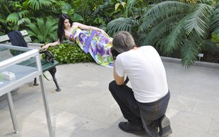 Eva Boto kot manekenka v reviji Story