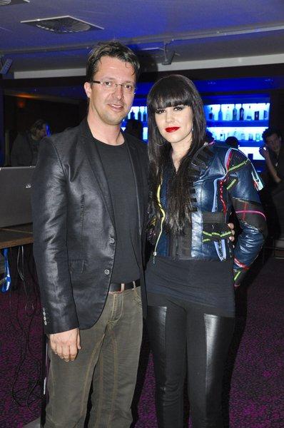Nika Zorjan je z veseljem pozdravila urednika oddaje Misija Evrovizija Andreja Hoferja.
