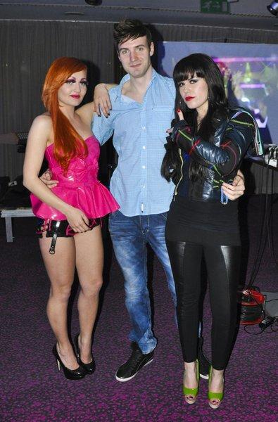 Nika in April sta hvaležni režiserju njunega spota Niku Karu, ki je opravil pri obeh odlično delo.