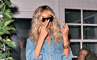 Rihanna: Dobiva se z Ashtonom Kutcherjem