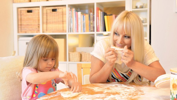 Saša Lendero s hčerkico Ario (foto: Primož Predalič)
