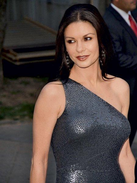 Catherine Zeta-Jonas
