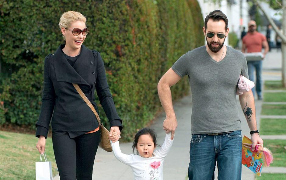 Katherine Heigl in Josh Kelley s hčerkico Nalo (foto: Profimedia.si)
