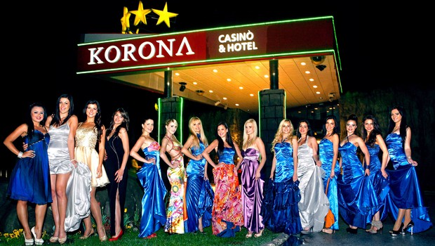 Polfinalni izbor Miss Earth Slovenije 2012 (foto: Vesmin Kajtazovič (VesoArt))