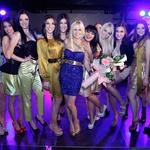 Slovenske finalistke Miss Earth so na koncu vesele proslavile zaključek Beauty Weekenda 2012. (foto: Vesmin Kajtazovič (VesoArt))