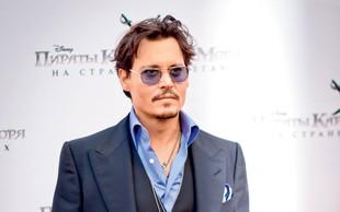 Johnny Depp: Častni pripadnik indijanskega plemena