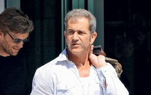 Mel Gibson: Očetu pomaga pri ločitvi
