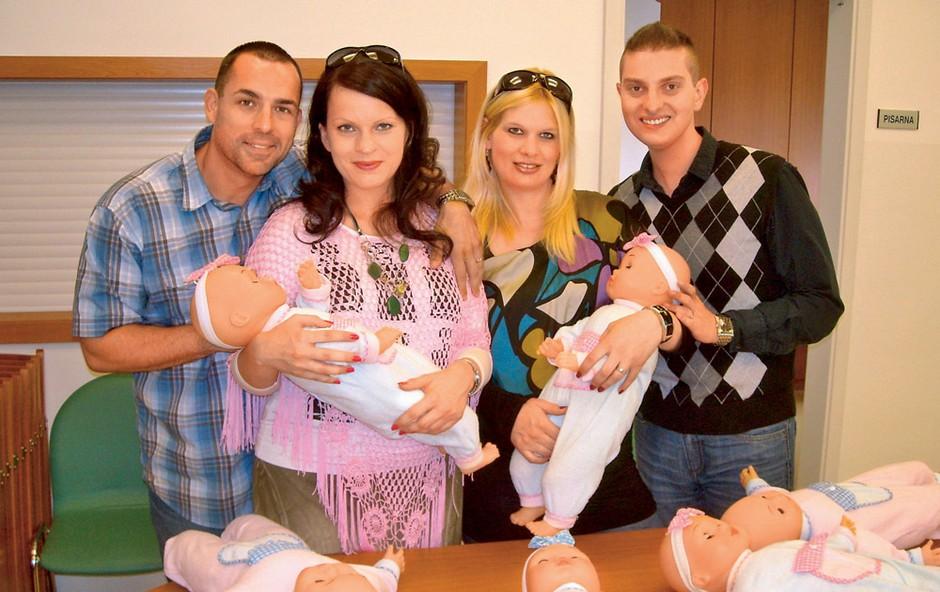 Bodoči starši so na svoje dojenčke dobro pripravljeni. (foto: osebni arhiv)