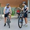 Politika sta se odločila za kolesarjenje po Brdu pri Kranju in okoli tega, a menda sta tudi med aktivnostjo govorila o pomembnih državniških temah.