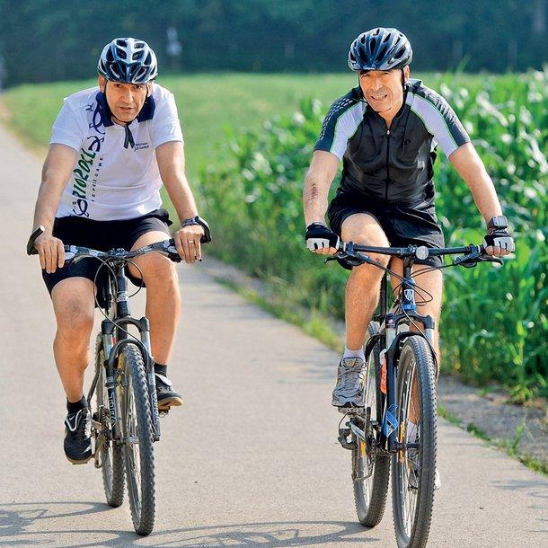 Janša in Rasmussen sta dobra prijatelja in oba navdušena športnika.