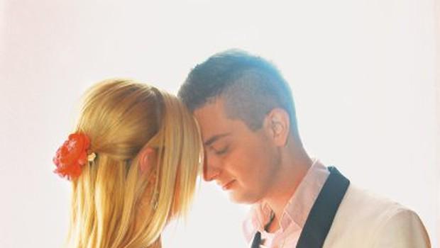 Damjan in Maja bosta danes prvič skupaj postala starša. Maja namreč že ima sina od prej. (foto: Goran Antley)