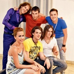 Demetra, Matija, Toni, Luka Alen, Lovro in Tim so dočakali svoj prvi veliki koncert. (foto: Helena Kermelj)