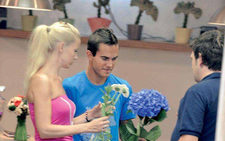 Taya in Jernej Damjan: Izbrala rože za poroko (foto: Primož Predalič)