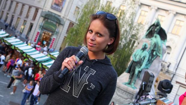Dogodek je povezovala energična Manja Plešnar. (foto: Peter Klinc)