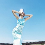 Urša je bila še posebej navdušena nad manekenko Kajo, ki je tako izkušena, da ni bilo treba neštetokrat ponavljati.  (foto: revija Lea)