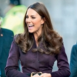 Kate Middleton: Po škandalu  zapeta do vratu