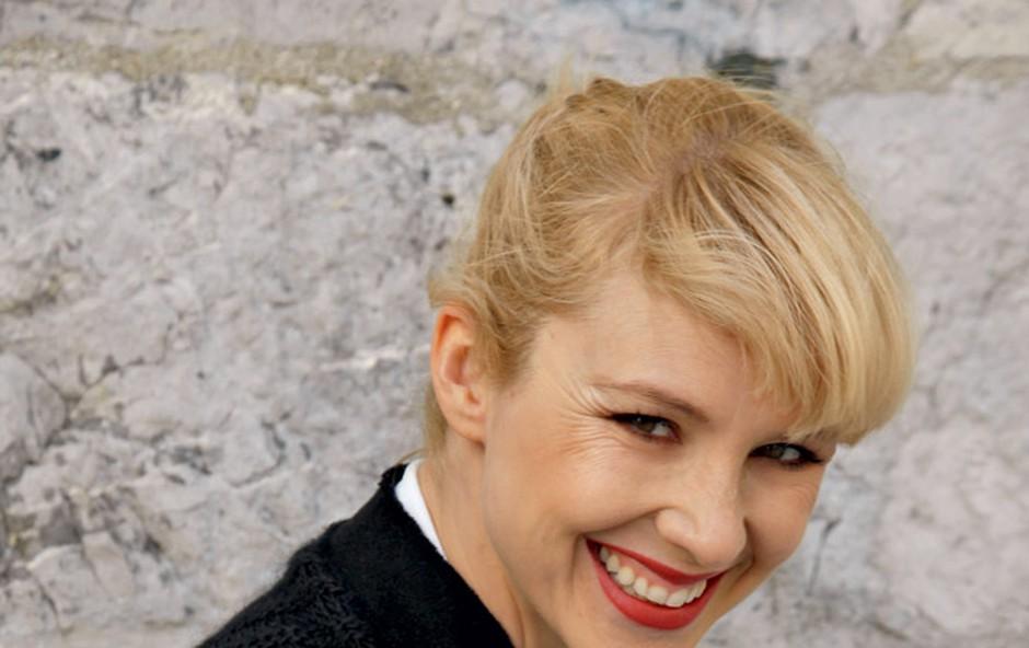 Iva Krajnc: Sem  povprečno  dekle (foto: Helena Kermelj)