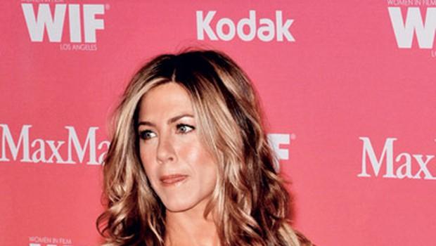 Jennifer Aniston: Vitkost ohranja s smehom (foto: Shutterstock)