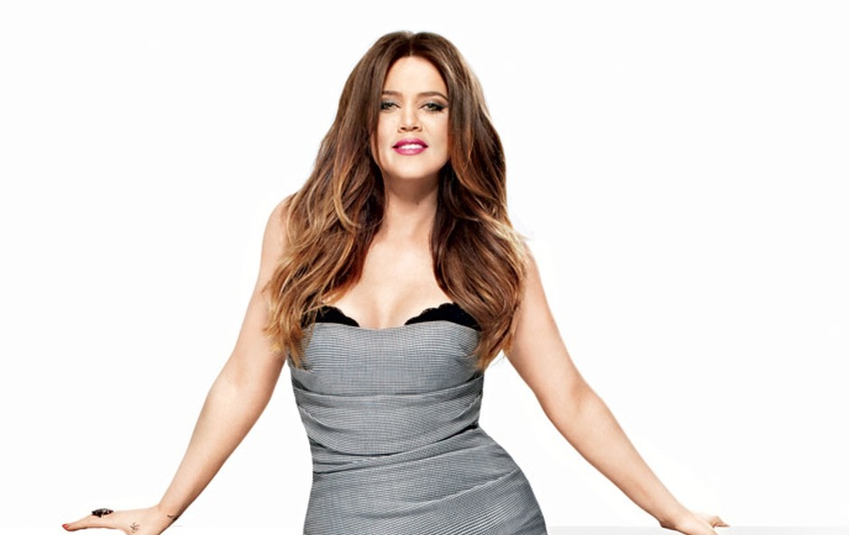 Khloe Kardashian: Sprejela je svoje obline (foto: E! Entertainment)
