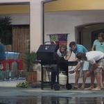 Domen: Deni poje preveč (foto: Planet TV)
