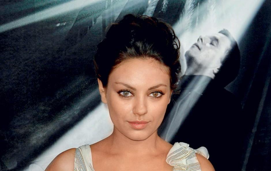 Mila je naslov najbolj seksi fotografije osvojila zahvaljujoč naslovnici revije Esquire. (foto: Shutterstock)