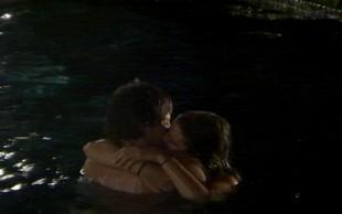 Domen in Anastazija s strastnim poljubljanjem šokirala vse
