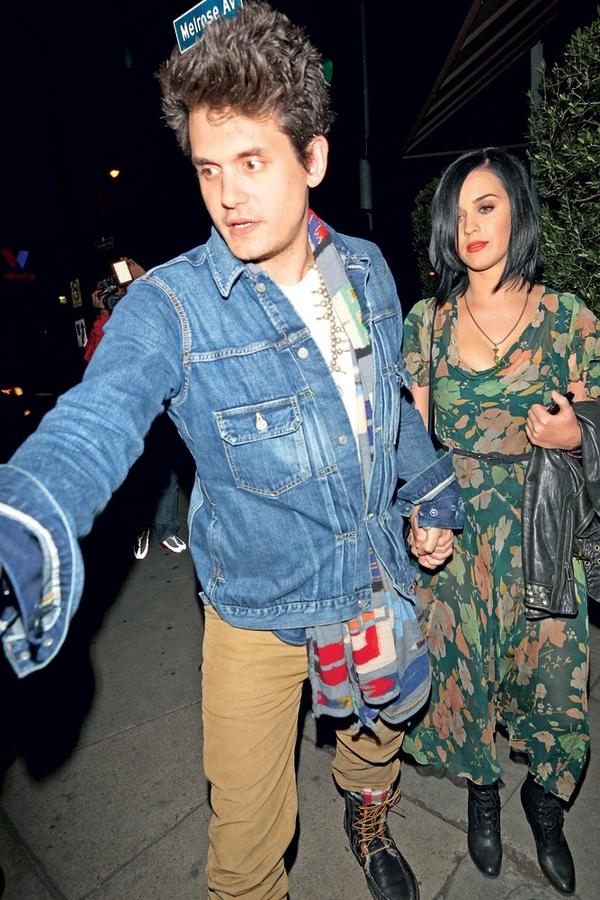 John natančno ve, v kakšni hiši bi rad živel s svojo izbranko Katy Perry.