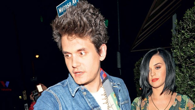 John natančno ve, v kakšni hiši bi rad živel s svojo izbranko Katy Perry.  (foto: Profimedia.si)