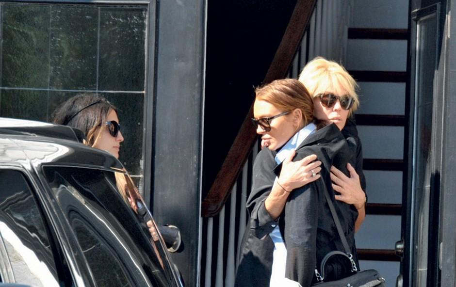 Lindsay je dokončno bankrotirala in se preselila k mami, ker si svojega stanovanja preprosto ne more več privoščiti.  (foto: Profimedia.si)