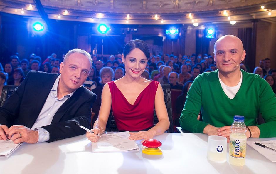 Člani žirije: Damjan Damjanovič, Ana Klašnja in Branko Čakarmiš. (foto: Miro Majcen)