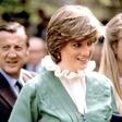 Princesa Diana: Prodajajo 10 kultnih oblek