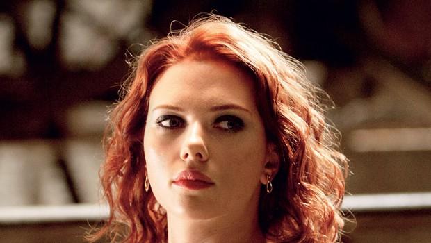 Scarlett je z vlogo Črne vdove v akcijski znanstvenofantastični pustolovščini Maščevalci zaslužila kar 20 milijonov dolarjev in postala najbolje plačana igralka vseh časov.   (foto: Cenex)