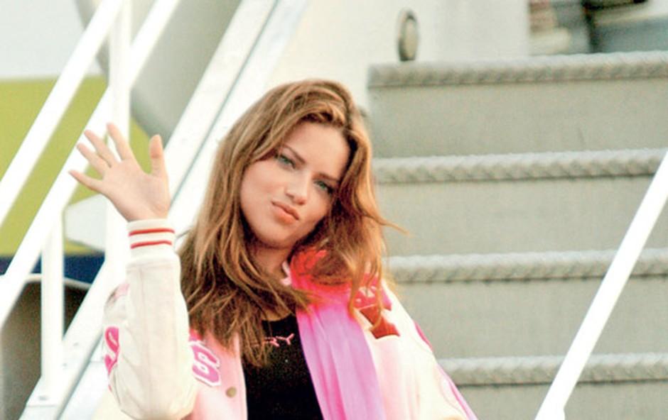 Slavno manekenko je glamurozna podelitev oskarjev tako očarala, da si je zaželela, da bi se je prihodnje leto udeležila kot igralka.  (foto: Shutterstock)