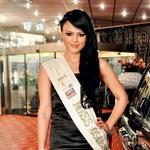 Miss osebnosti za miss Earth Jinny Ribič je blestela med nosilkami lepotnih naslovov, v komisiji pa je bila, kot je povedala, zelo stroga. (foto: Zoja Ahlin)