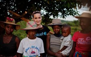 Katy Perry obiskala otroke na Madagaskarju