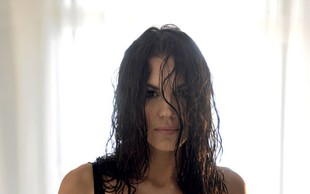 Rebeka Dremelj (spet) buri duhove zaradi Playboya
