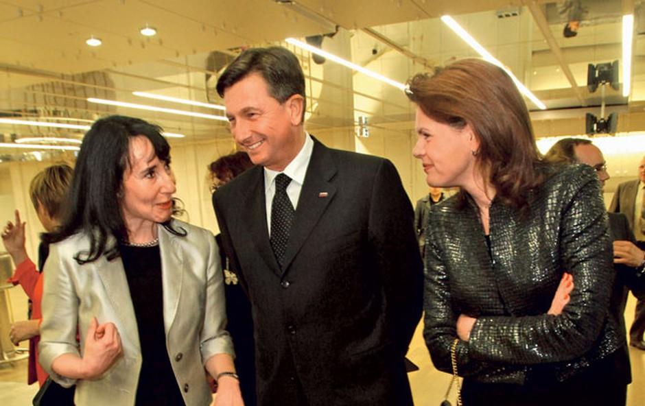 Uspešno sodelovanje: 'prva dama' ZPSM Anita Ogulin, predsednica vlade Alenka Bratušek in predsednica ZMPS Darja Groznik.  (foto: Sašo Radej)