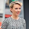 Scarlett Johansson:  V boj za vlogo Hilary Clinton
