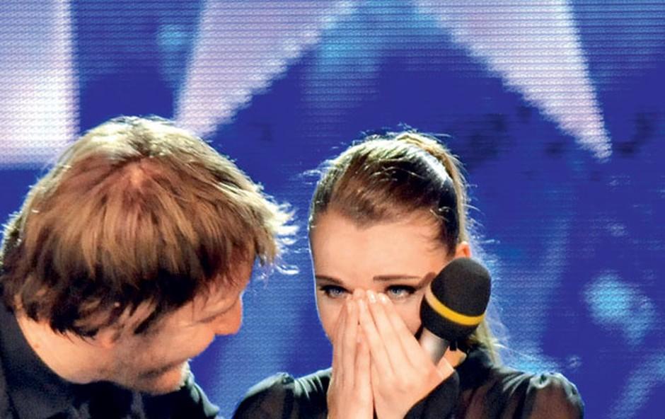Ob razglasitvi je Alja Krušič padla v šok in se ni takoj zavedala, kaj se je pravzaprav zgodilo.  (foto: Primož Predalič)