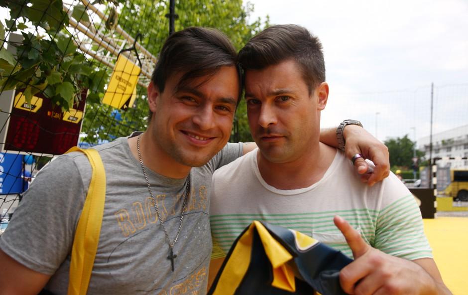 Klemen in Omar sta se na igrišču SiOL POKAL-a neizmerno zabavala (foto: Foto: Urša Drofenik)