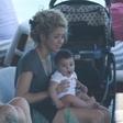 Shakira počitnikuje v Braziliji