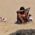 Tudi Naomi Campbell se mudi v Grčiji (foto: Profimedia)