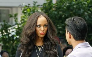 Je Tyra Banks plešasta?
