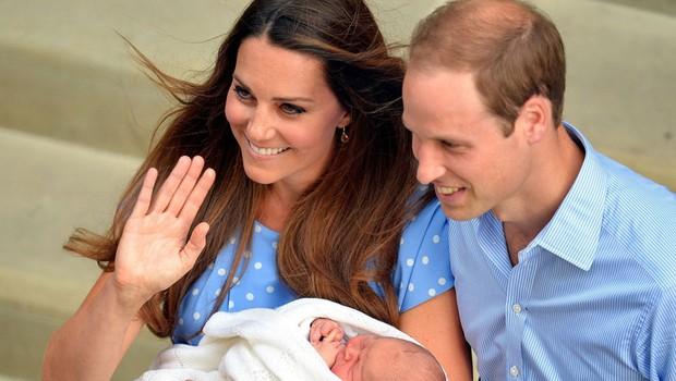Kate in William in princ George (foto: Profimedia)