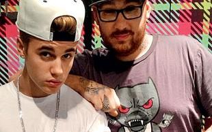 Justin Bieber si je vtetoviral mamino oko