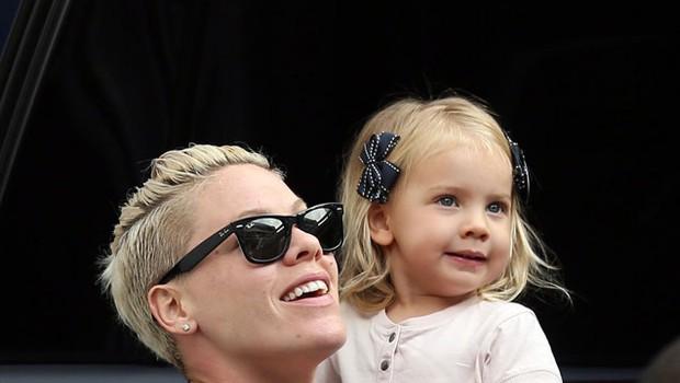 Pink pokazala ljubko hčerko Willow (foto: Profimedia)