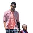 Usher doživlja družinsko dramo