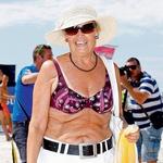 Bikini ni samo za mlade! Angelca Likovič je bila carica med caricami, podprla je projekt in zažigala v kopalkah. (foto: Vesmin Kajtazovič)